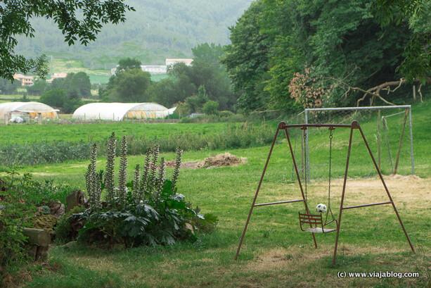 Zona juegos infantiles Finca El Malain San Justo Asturias