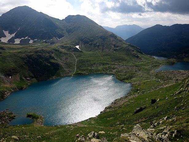 llacs-tristaina