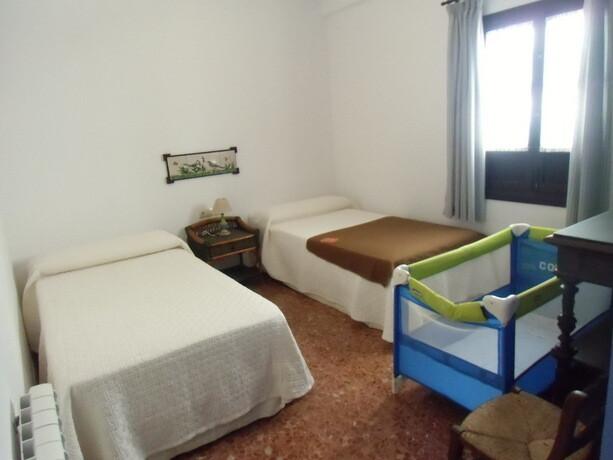 Las habitaciones se pueden acomodar para la estancia de parejas con niños