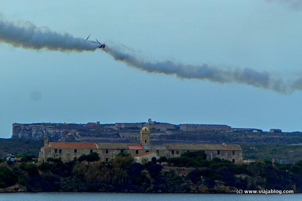 Maniobras de Red Arrows sobre Mahón, Menorca