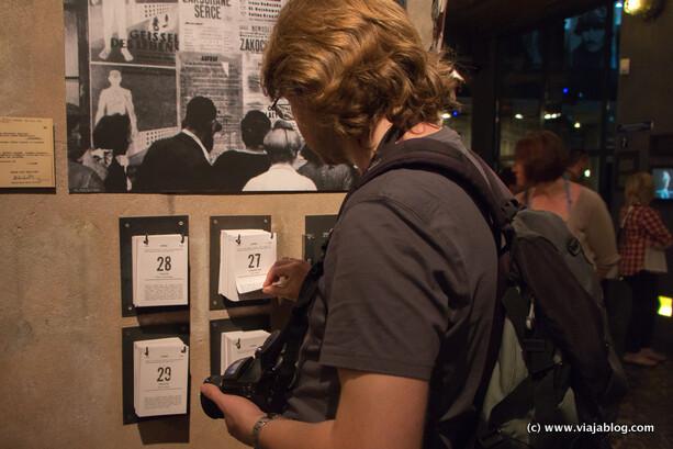 Calendario del alzamiento, Museo del Alzamiento de Varsovia