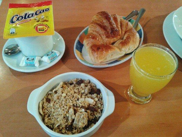 Desayuno cafetería Hotel Oria Tolosa