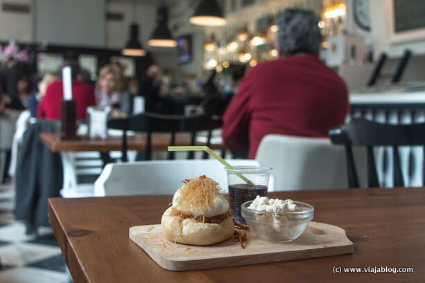 De Tapas por Galicia, Huevo de Cine, Bla Bla Café Ferrol