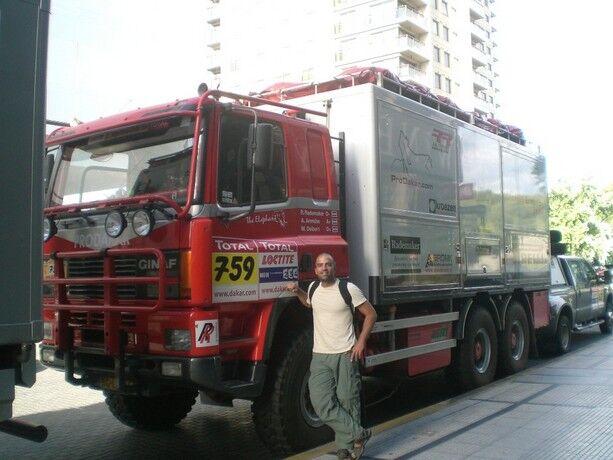 Los camiones son los colosos del Dakar