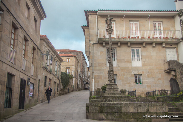 Cruceiro junto a la casa de Valle Inclán, Pontevedra