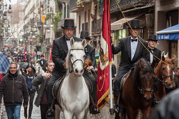 La cabalgata dels Tres Tombs (c) 3TombsBarcelona.cat