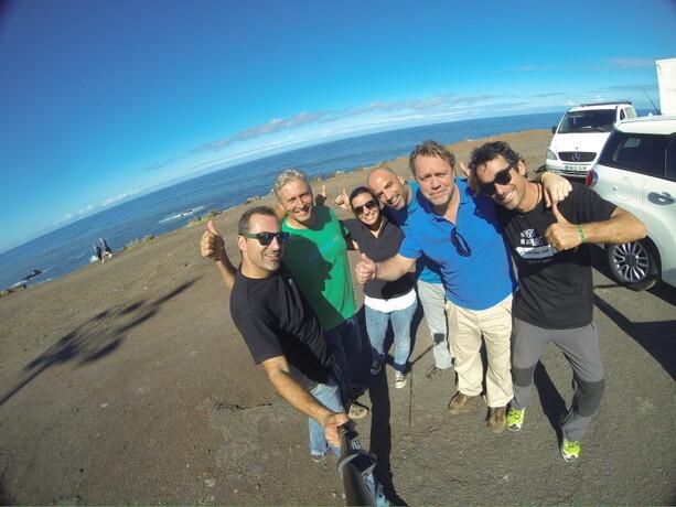 Sanos y salvos con la gente de Enminube tras el aterrizaje