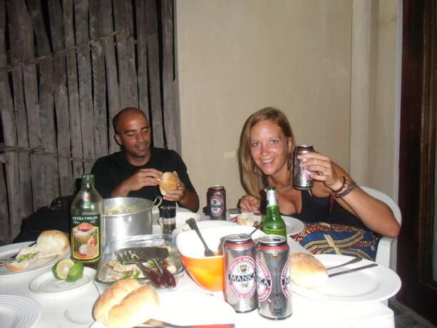 La barbacoa con los mozambiqueños. Aquí con Agnes.
