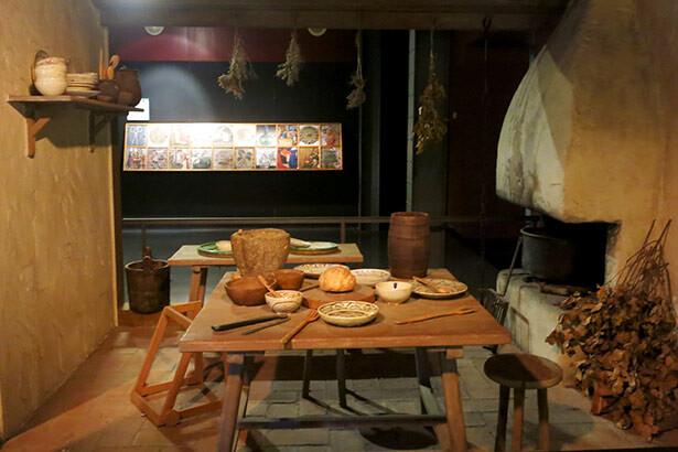 Escenificación de una casa en la Edad Media