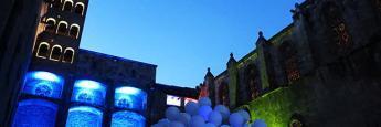 El Salón del Tinell en la plaza del Rei en Barcelona