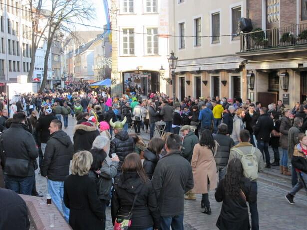 Rebosa de vida el centro de Düsseldorf