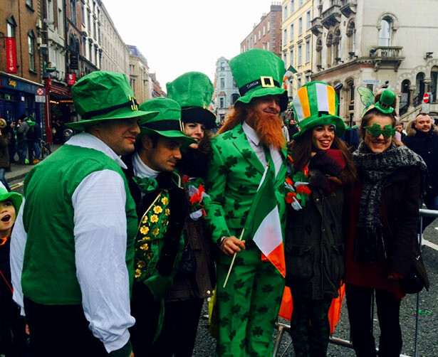 San Patrick es el día más especial del año en Irlanda, lo demuestran las caras de felicidad