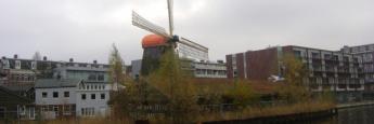 Molinos y canales en Holanda