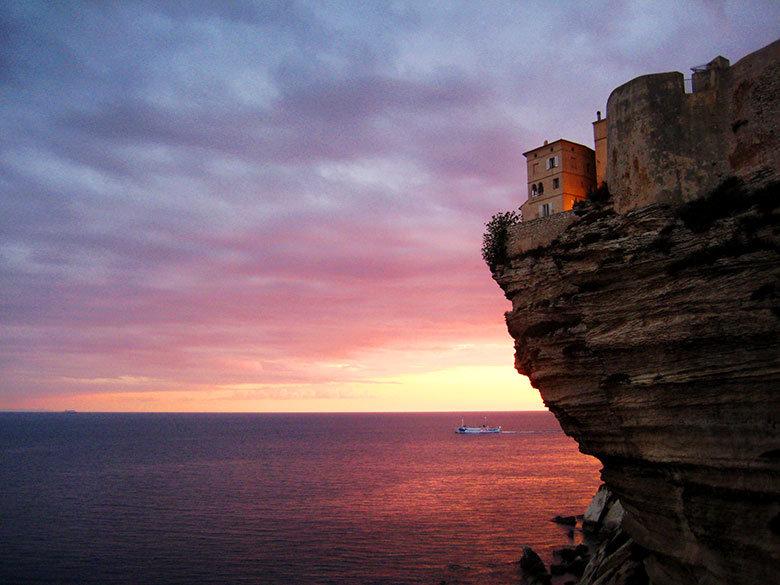 Atardecer en los acantilados de Bonifacio, Córcega