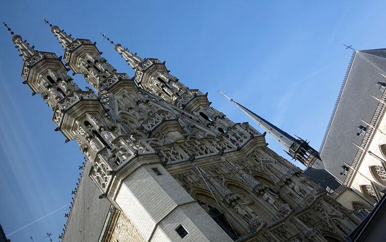 La iglesia de San Pedro en Grote Markt