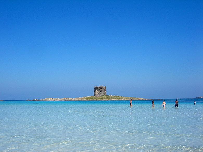 Las aguas cristalinas de Cerdeña poco tienen que envidiar a otros destinos más famosos