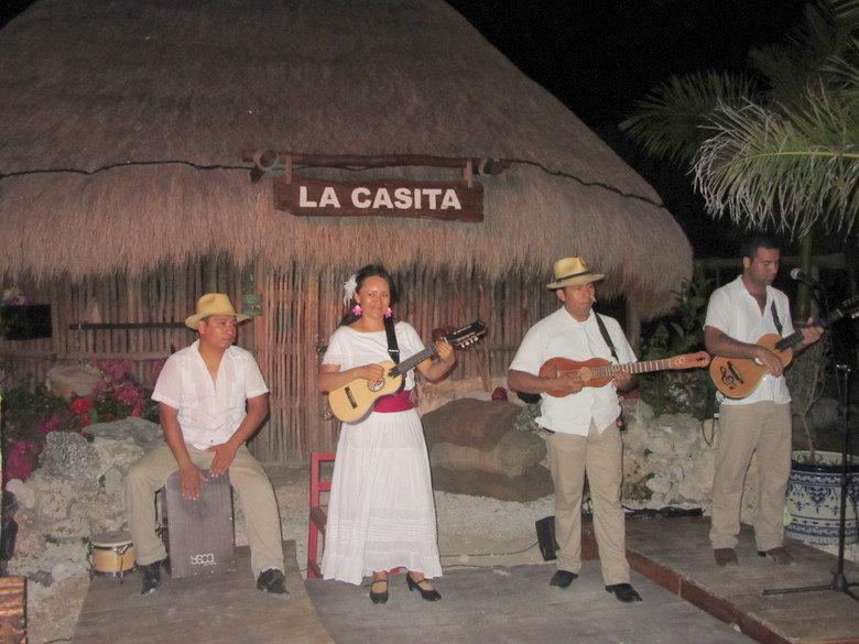 xoximilco-cancun