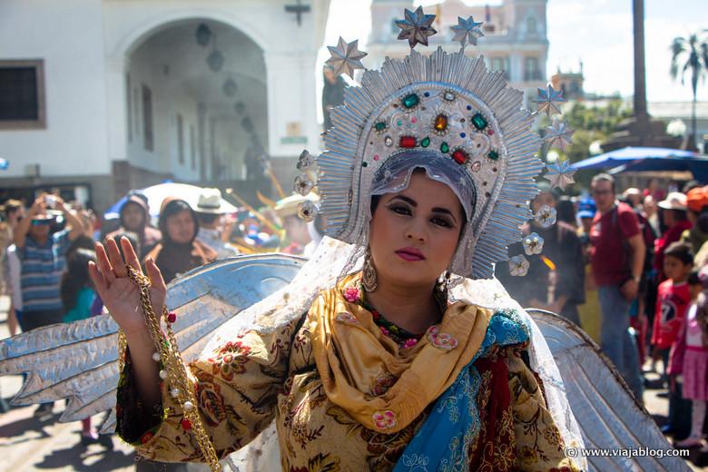 Virgen Alada en Procesión Santa Marianita de Jesús, Quito, Ecuador