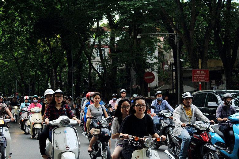 Trafico de motos en Hanoi