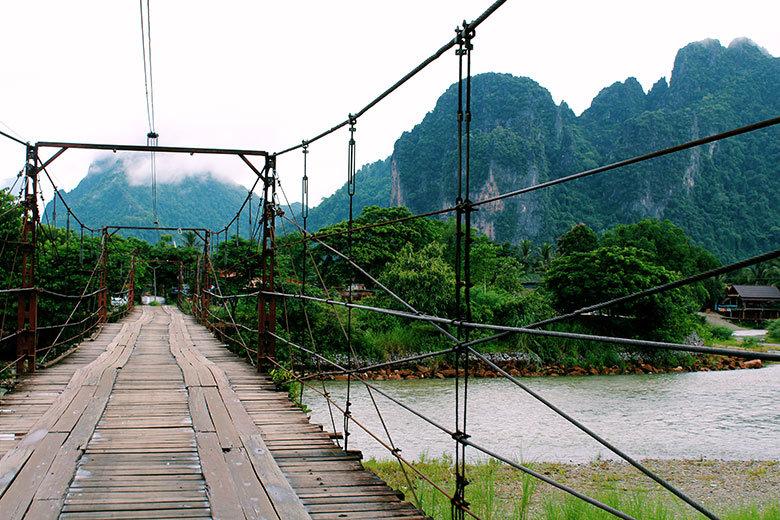 Puente en Saelao, Laos