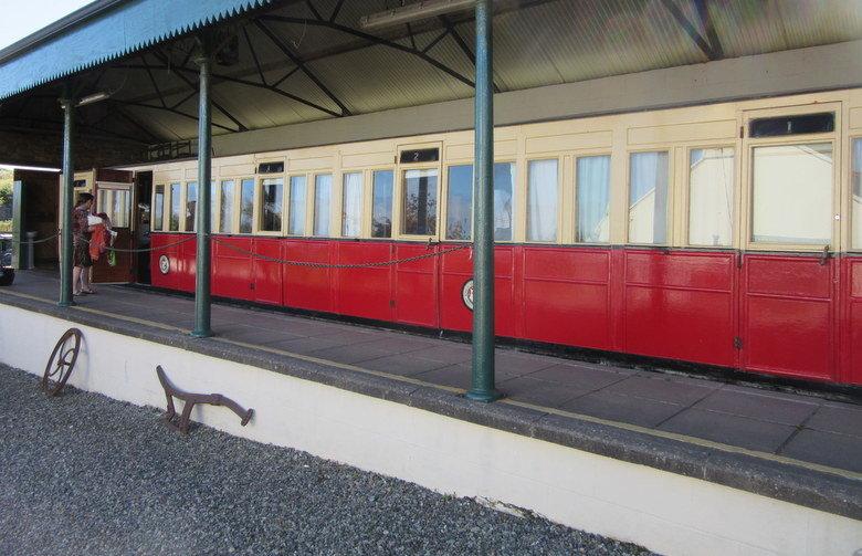 Literas y camas dobles en este alojamiento tan original en forma de tren