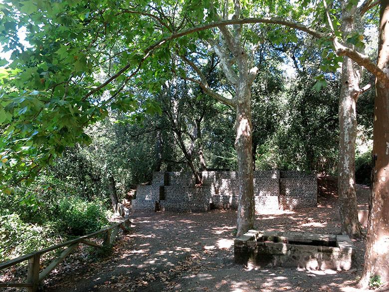 Zona de sombras frente a Font Joana