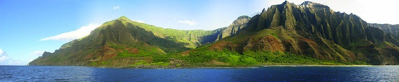 Kaui, Hawái (Foto CC: Remember https://commons.wikimedia.org/wiki/File:Real_Kaui_Panorama1.jpg)