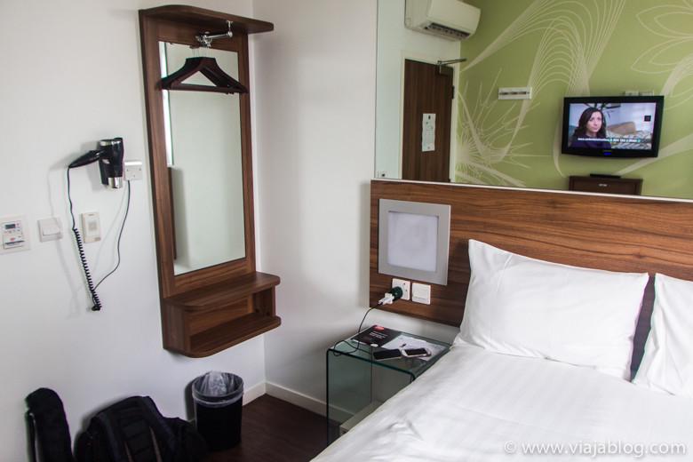 Habitación doble, Tune Hotel Liverpool Street, Londres