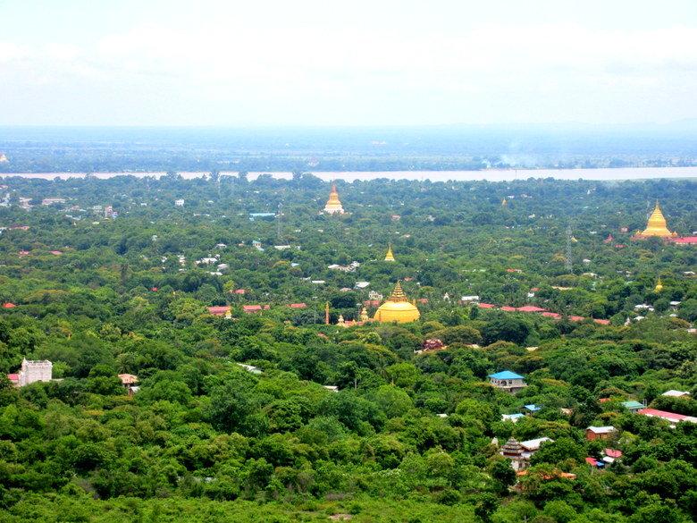 Estupas de pagodas en Sagaing