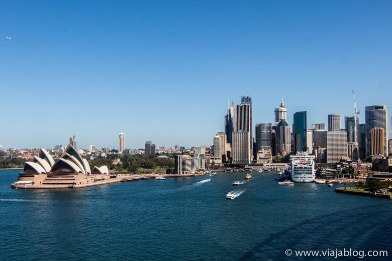 CBD y Opera House desde el Puente, Sidney Australia