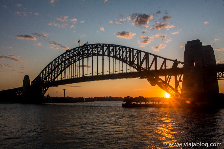 Puesta de sol, Sidney Harbour Bridge,  Australia