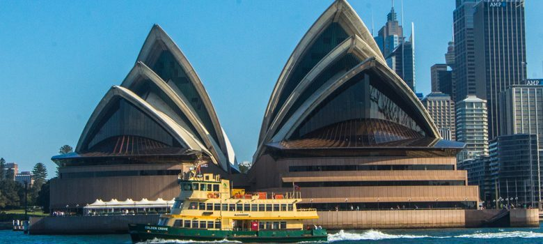 Sydney Opera House desde el mar, Sidney, Australia