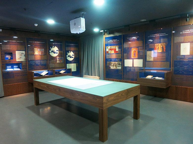 Sala superior con el legado cultural judío en la ciudad