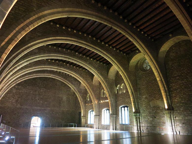 Interior del Saló del Tinell
