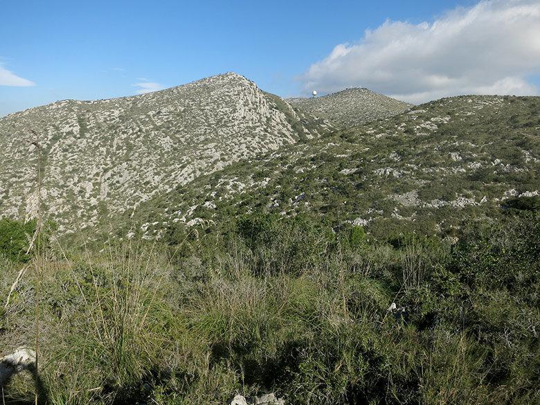 Vistas al observatorio del Garraf