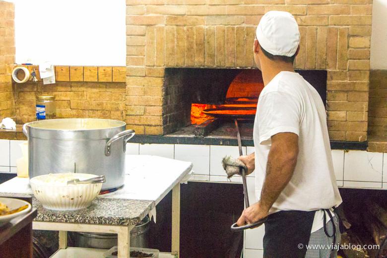 Fainé en el horno, Sassari, Cerdeña