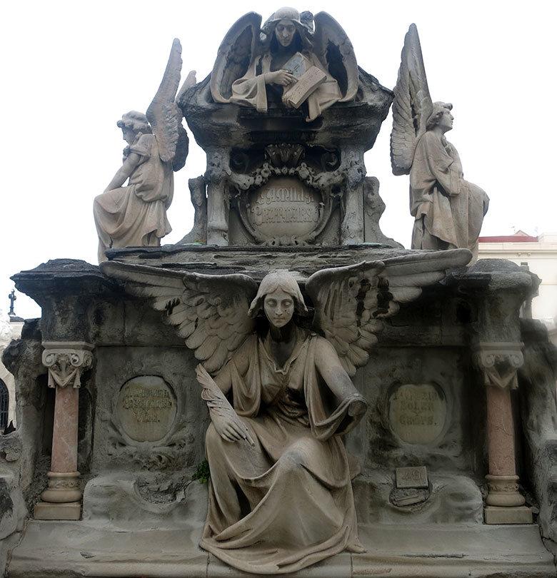 panteon-cementiri-poblenou