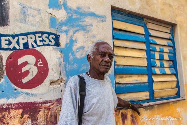 Retratos de cubanos en La Habana Vieja