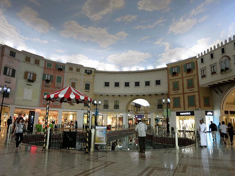 Uno de los centros comerciales de Doha ambientado en Venecia