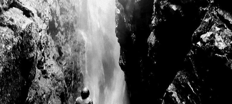 Cascada Arroyo de Valdecesar en León