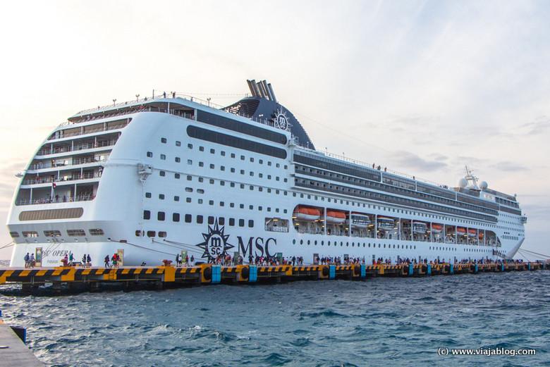 Regreso al MSC Opera tras una excursión de crucero por el Caribe