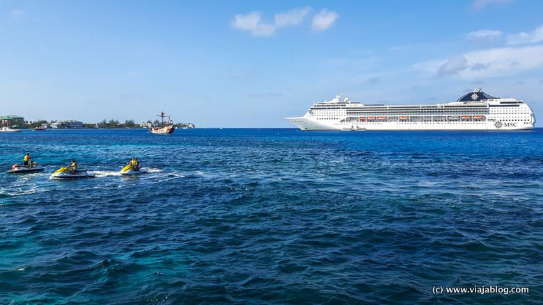 Crucero por el Caribe, el MSC Opera en Gran Caimán