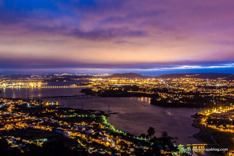 Ría de Ferrol al caer la noche