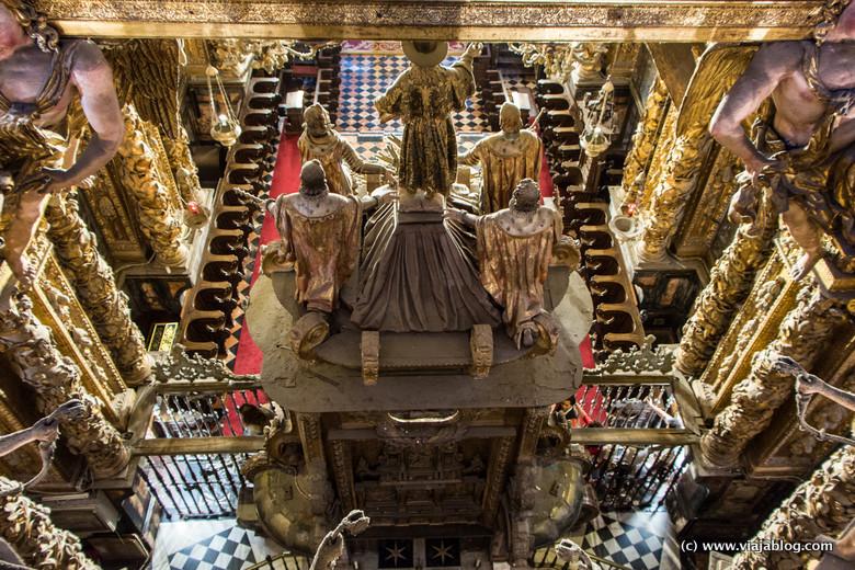 Apostol Santiago, interior Catedral de Santiago de Compostela
