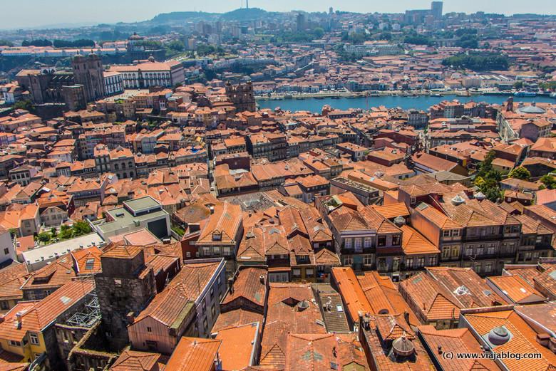 Vistas desde Torre de los Clérigos, Oporto, Portugal