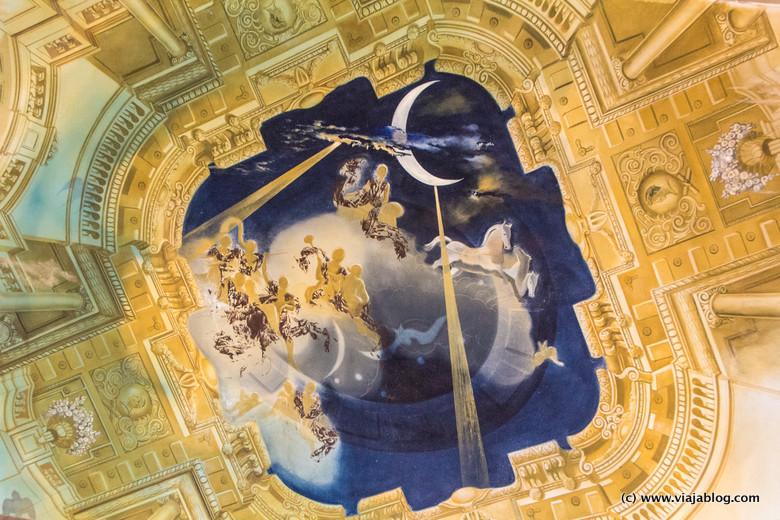Detalle del techo, Salón de los Escudos, Museo Castillo Gala Dali, Púbol (Gerona)