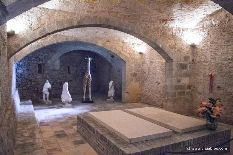 Tumba de Gala, Museo Castillo Gala Dali, Púbol