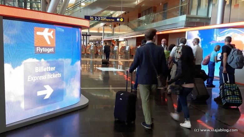 Acceso a compra billetes y tren expreso Flytoget