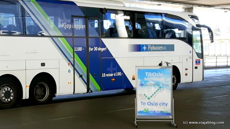 Flybussen, autobús Aeropuerto-Oslo