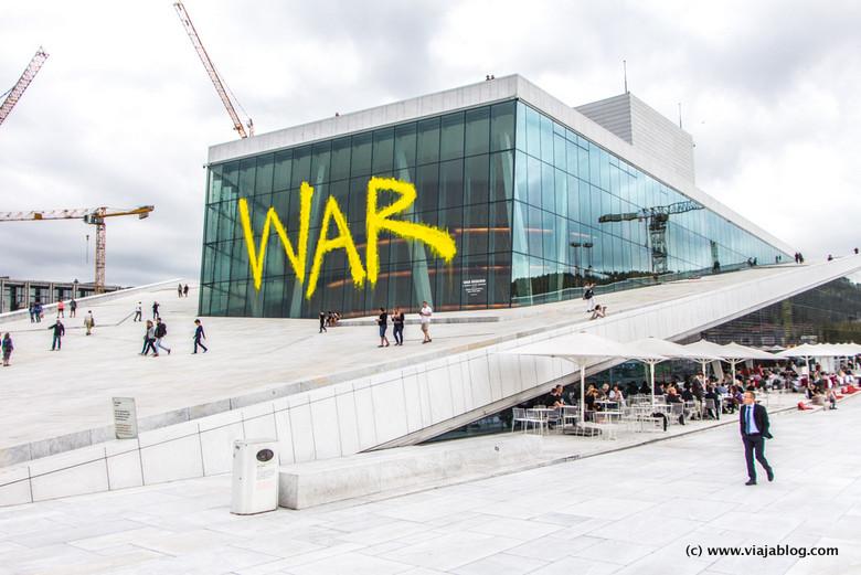 Exterior de la Ópera de Oslo, Noruega